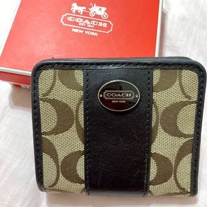 Coach Box Signature Small Wallet